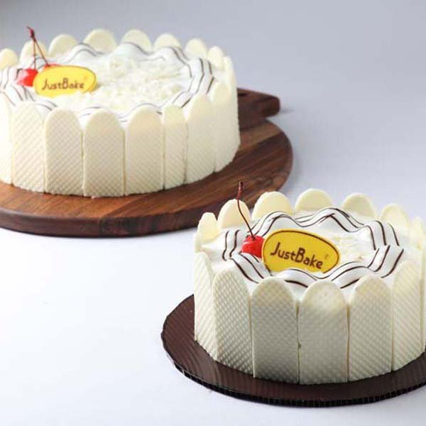 White Forest Large Cake