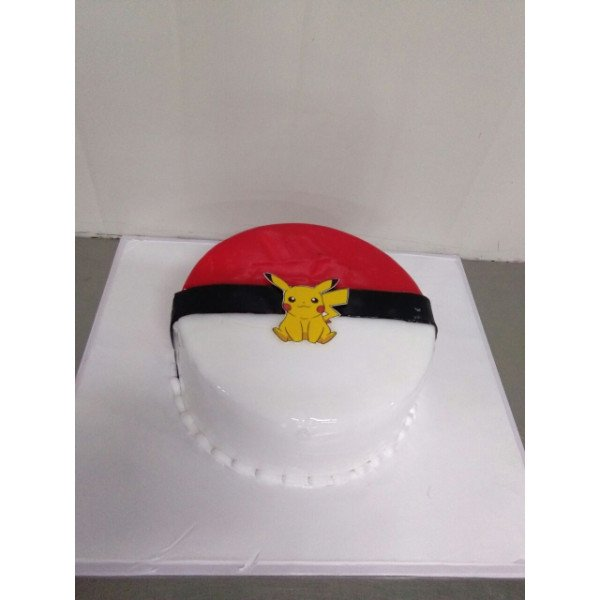 Pokemon Theme Cake