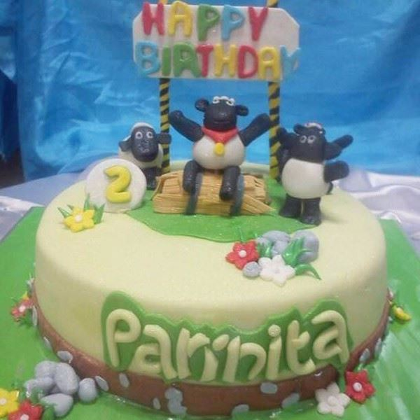 BaBa Black Sheep Fondant Cake