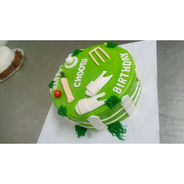 Home Birthday Cakes Cricket Cake Decorations