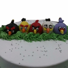 Angry Birds in Row Cream_Fondant Cake