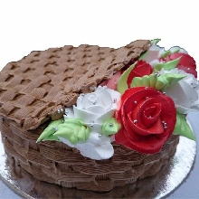 Cane Basket With Roses Cream Cake