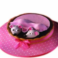 Hidding Mice Cream_Fondant Cake