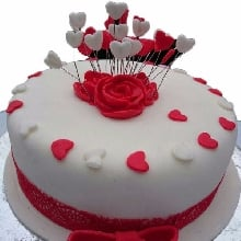 Love Around Cake