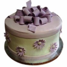 Purple Box Cream_Fondant Cake